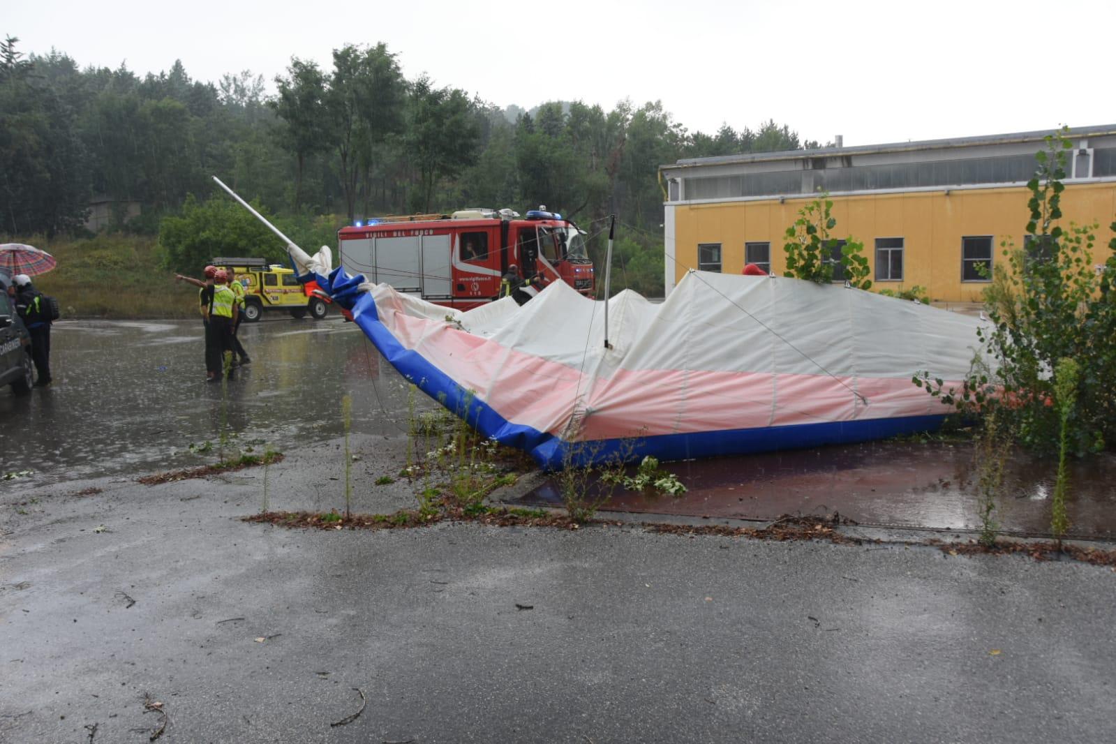 Precipita deltaplano a Rocca San Casciano: è morto il pilota