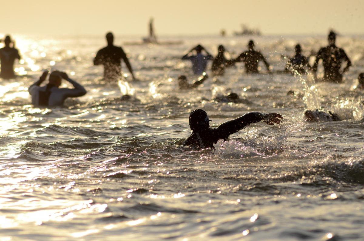 Al via stamane l'Ironman a Cervia. La gara in diretta Facebook