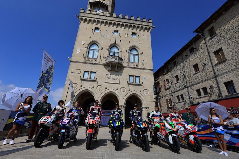 """Il centro di San Marino trasformato in """"circuito"""" della MotoGp"""