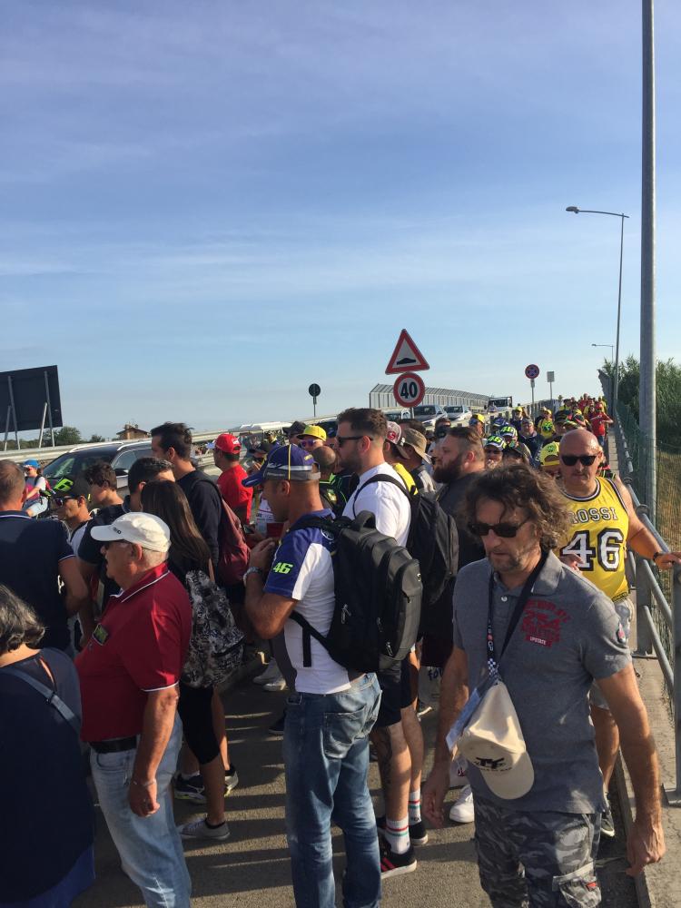 MotoGp,  la marcia dei tifosi verso Misano - VIDEO - GALLERY