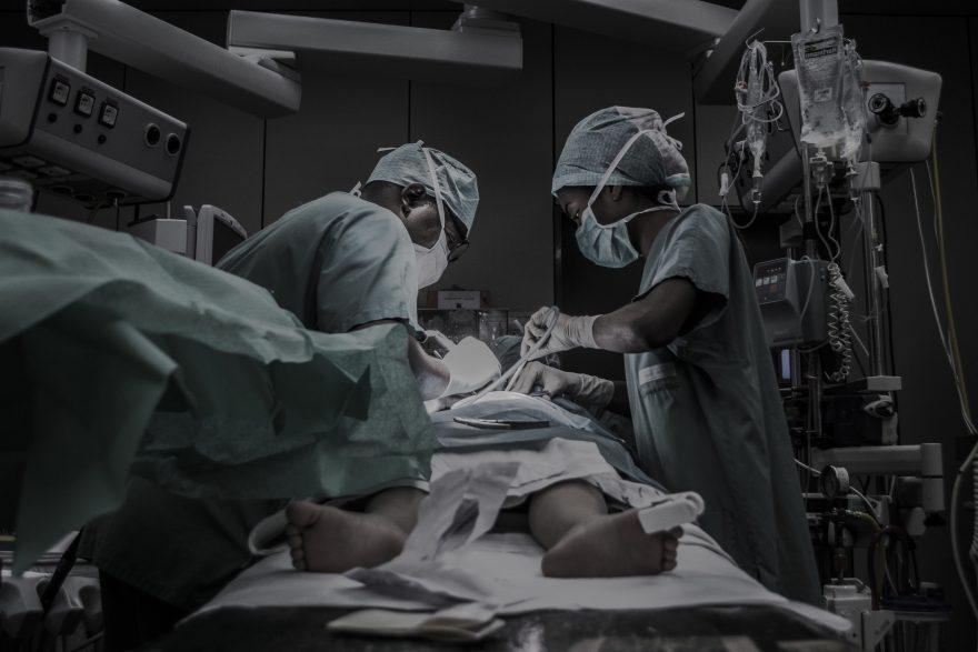 Faenza, paralizzato e impotente a 38 anni dopo intervento all'ernia