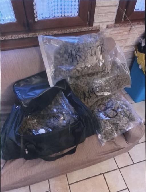 Rimini. In casa 4 chili di marijuana, arrestato 47enne