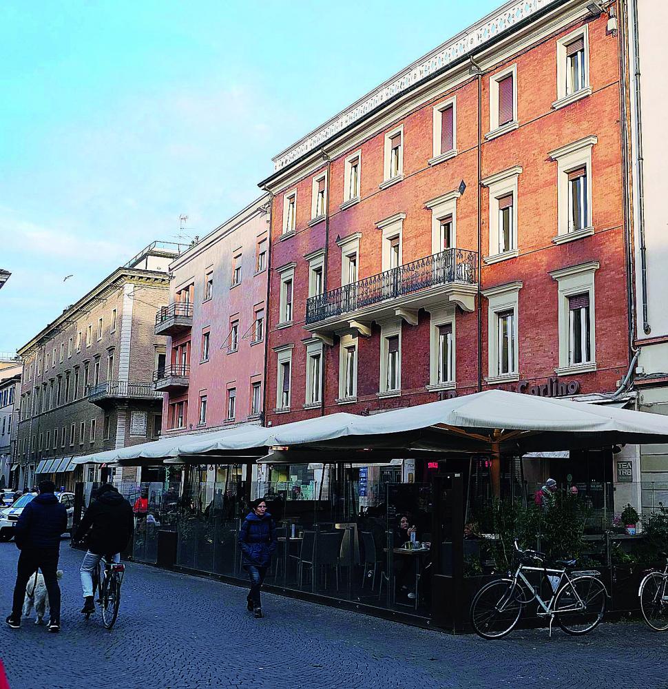 Rimini, il Comune difende i dehors: restano dove sono