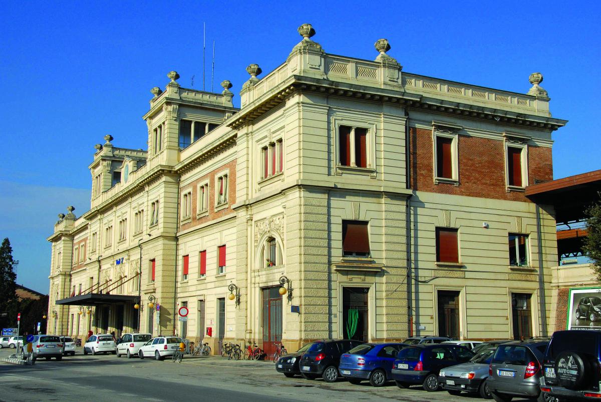 """Forlì, più telecamere in stazione e al centro commerciale """"I Portici"""""""