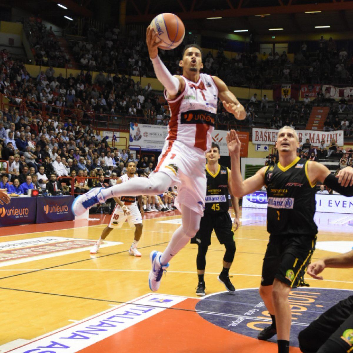 Basket A2, campagna abbonamenti dell'Unieuro sempre aperta