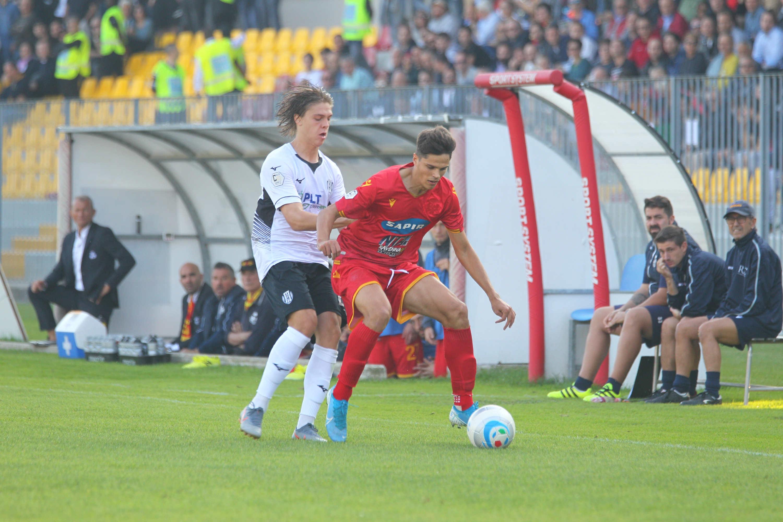 Calcio Serie C, un altro derby in parità: Ravenna-Cesena 1-1