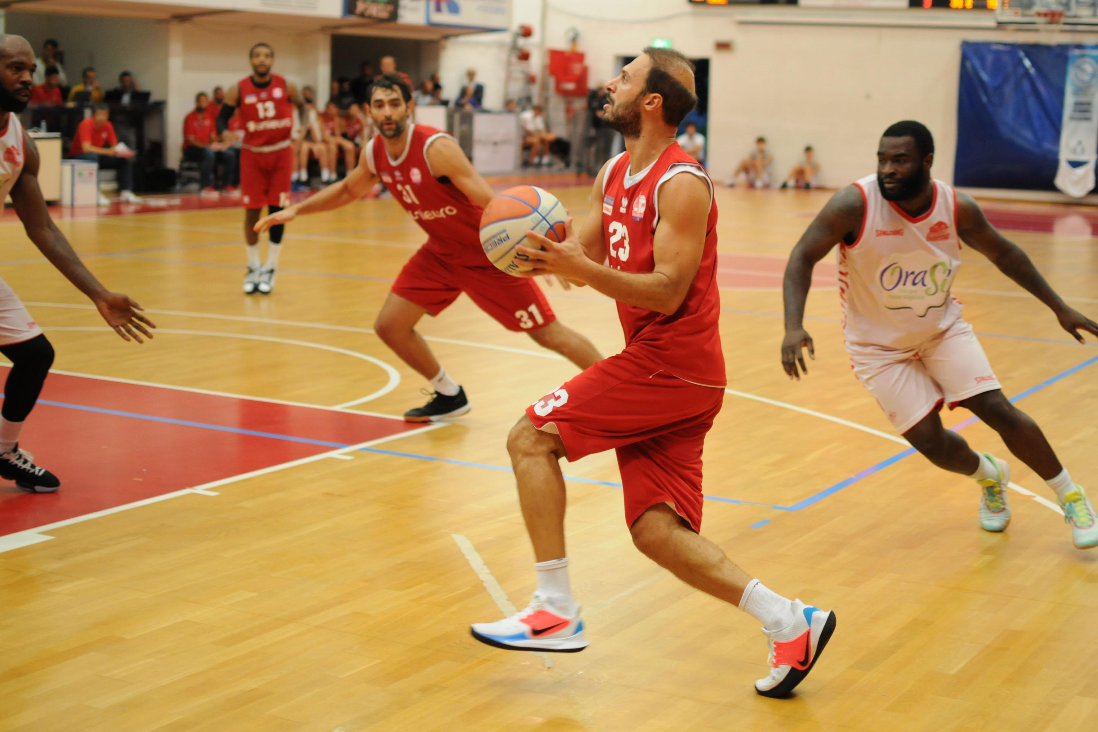 Basket serie A2, domenica l'Unieuro presenta il settore giovanile