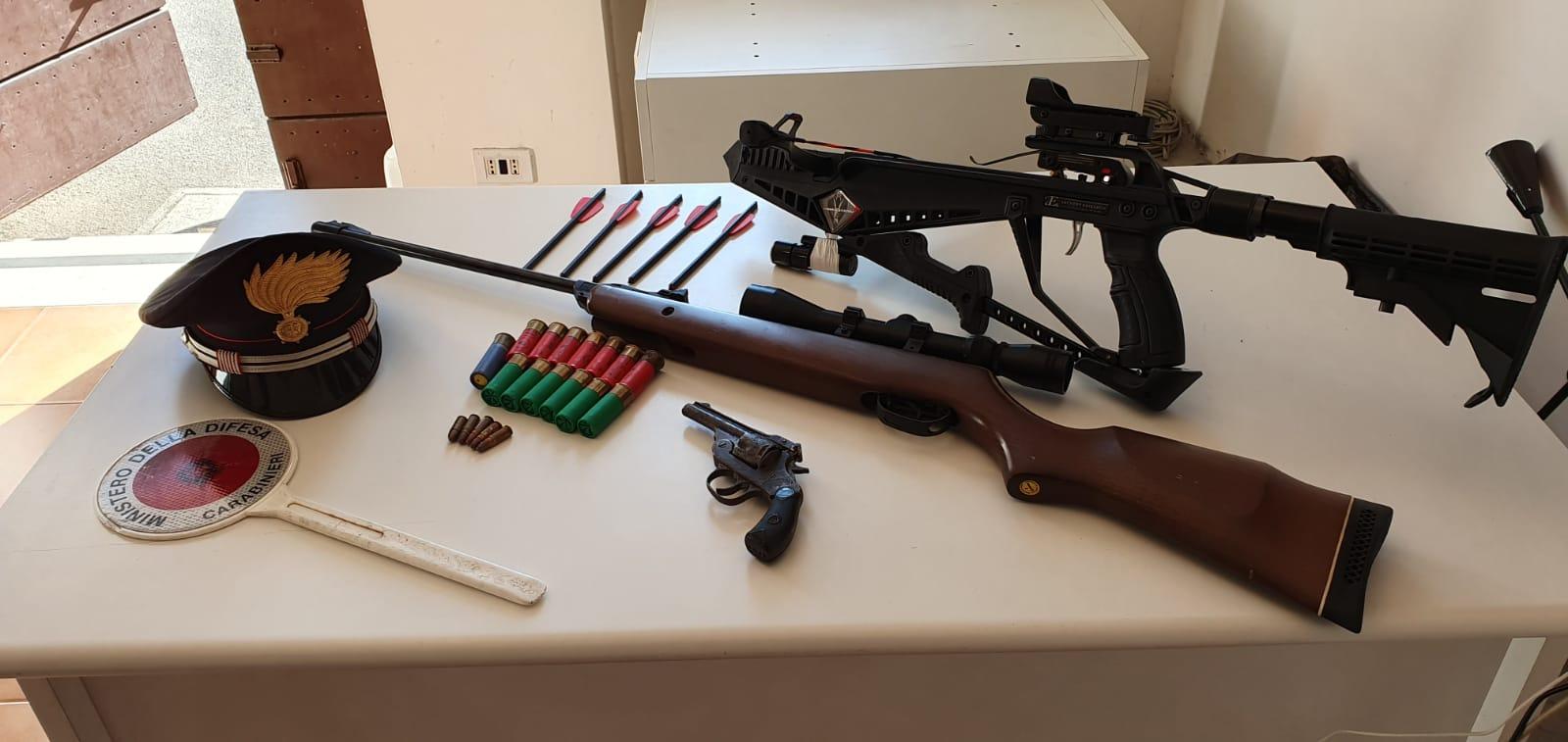 Cesena, armi e munizioni in casa: arrestato un 49enne