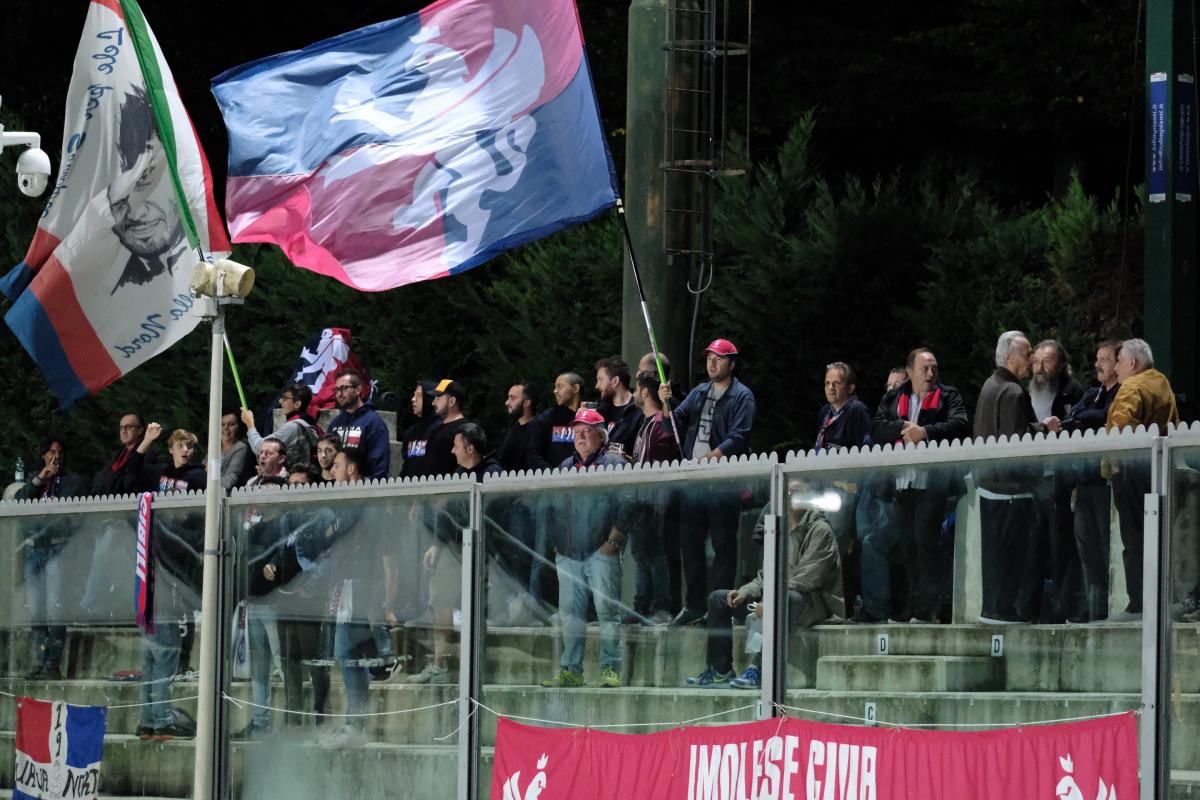 Calcio Serie C, anche l'Imolese aderisce alla giornata dei nonni