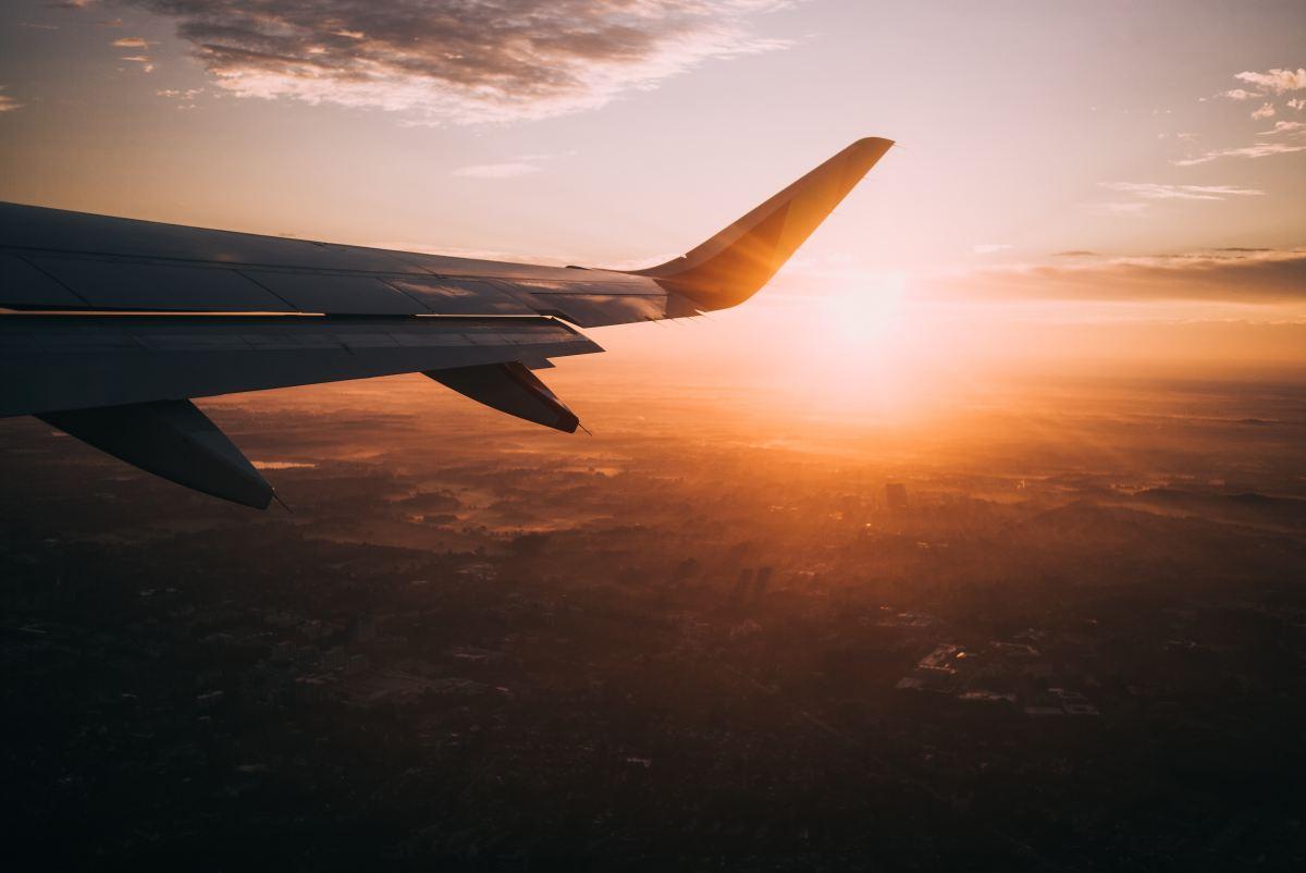 Rimini, fratelli truffati da falso pilota d'aereo