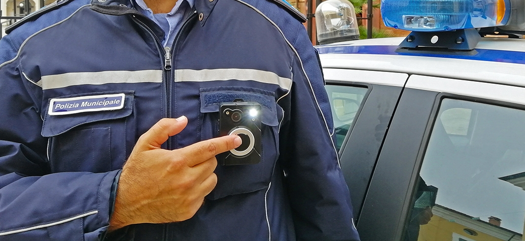 A Cervia bodycam sulle divise degli agenti della Polizia locale