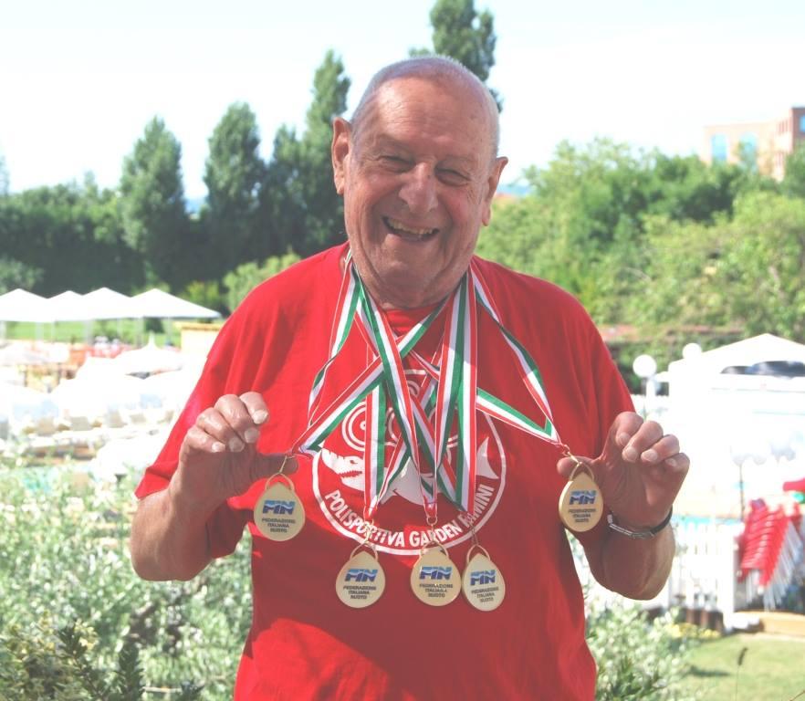 Rimini. Nuoto in lutto, è morto il nonno campione del mondo a 90 anni