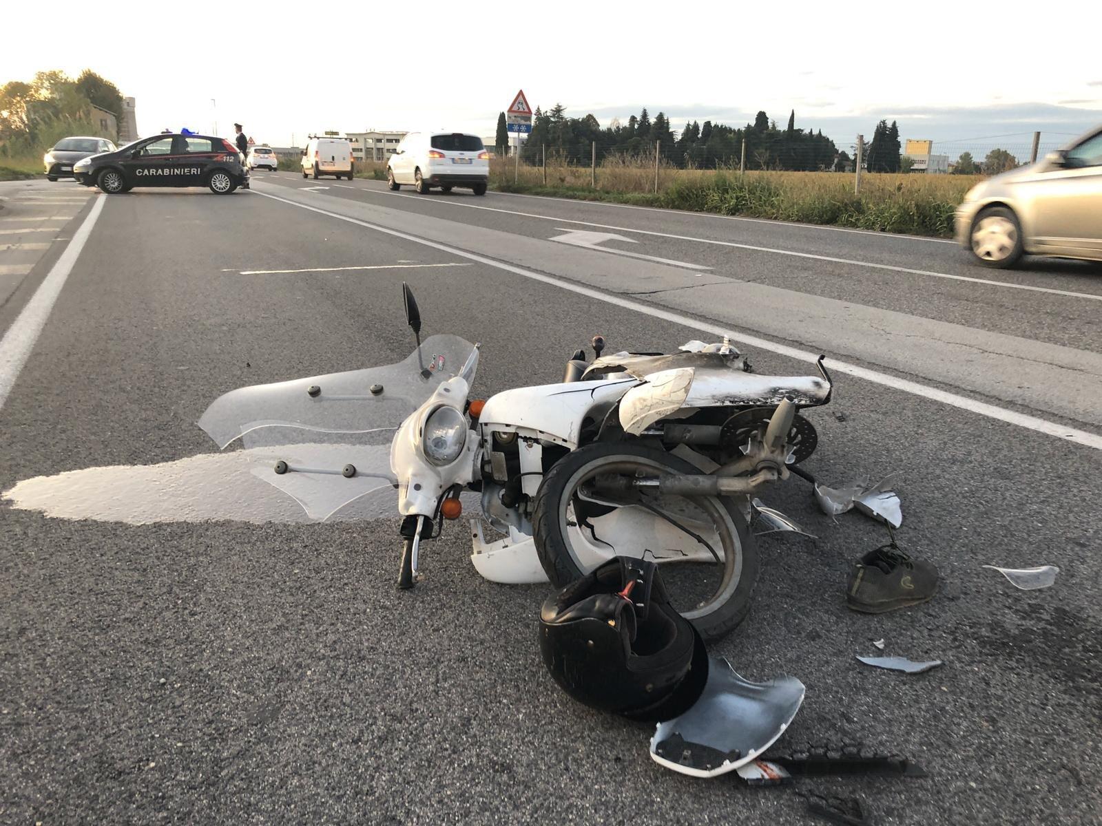 Savignanese ferita in un incidente in scooter a Crocetta