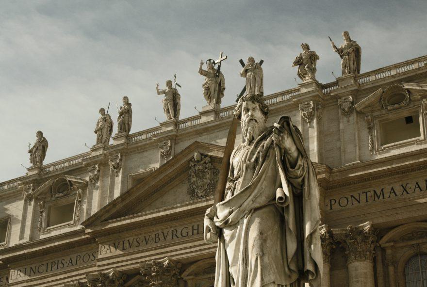"Ravenna, santi e non zombie per Halloween. In chiesa è ""Holy ween"""
