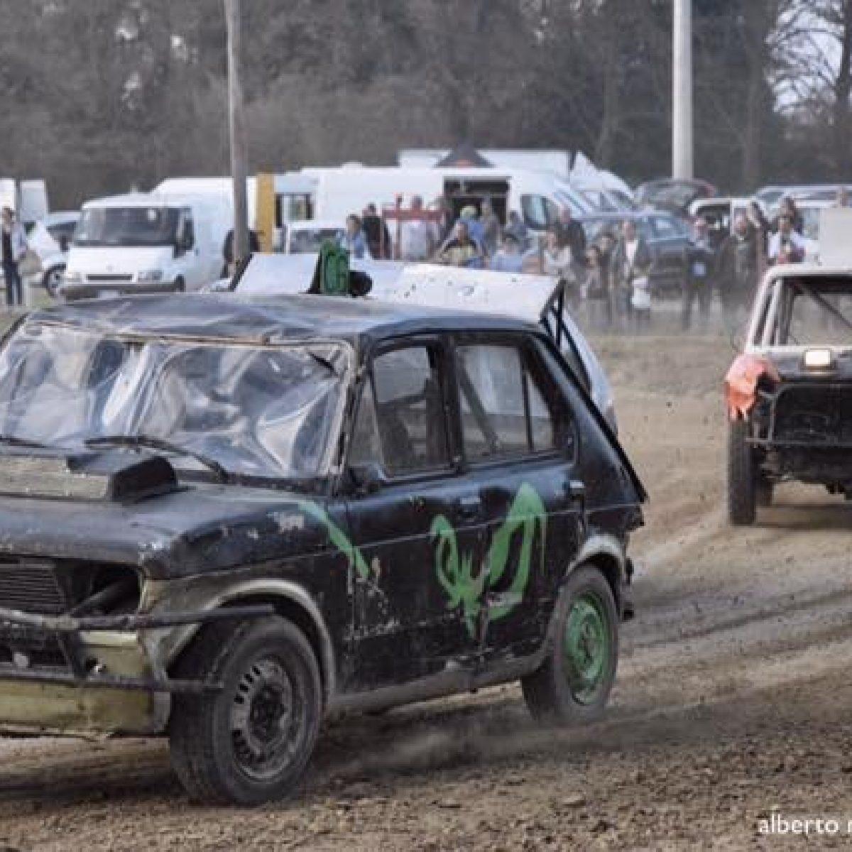 A Pezzolo di Russi in gara le vecchie auto modificate