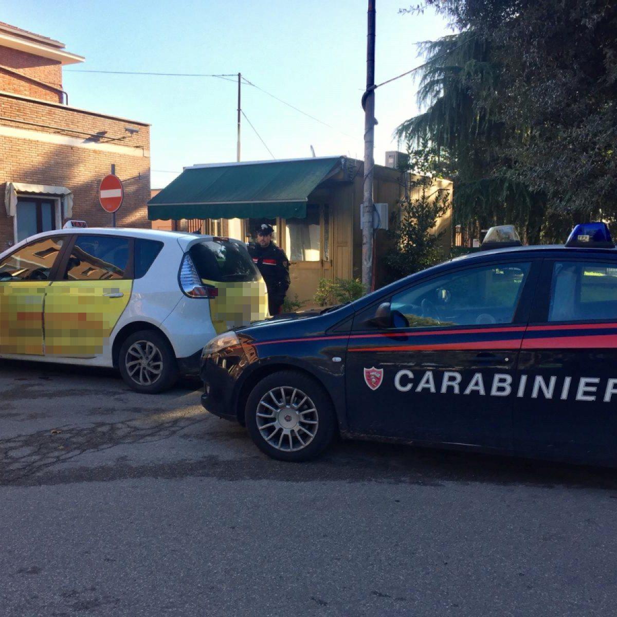 Evade da casa a Ravenna e in taxi va a Imola per spacciare, arrestato
