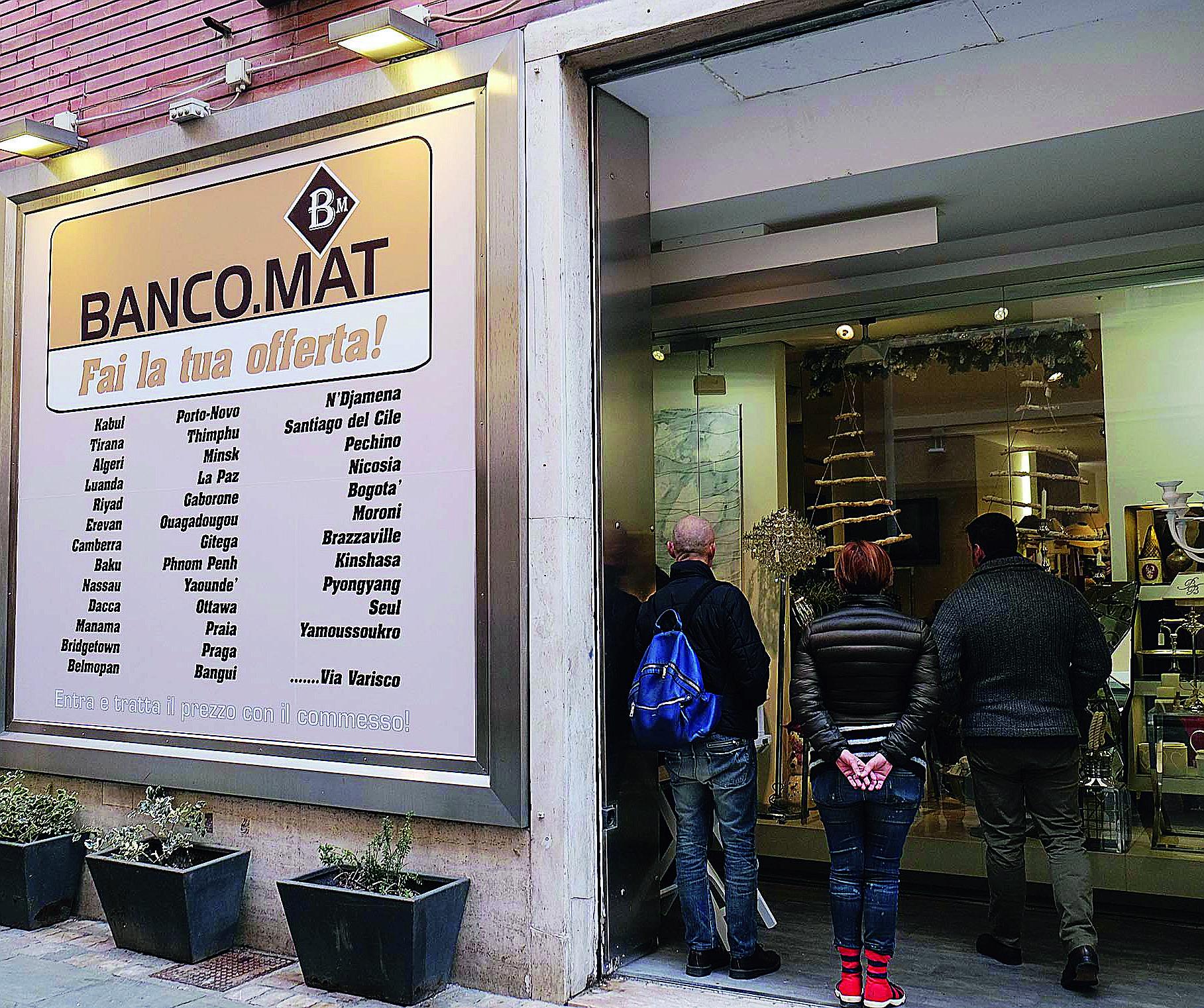 Rimini, ha aperto Banco.mat. Negozio in cui il prezzo va trattato