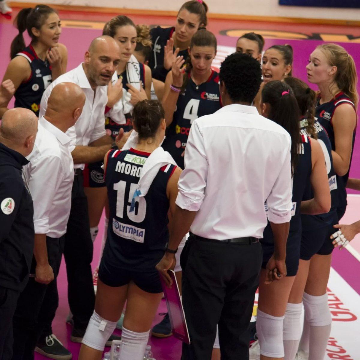 Volley femminile, anticipata di un'ora la sfida dell'Olimpia Teodora