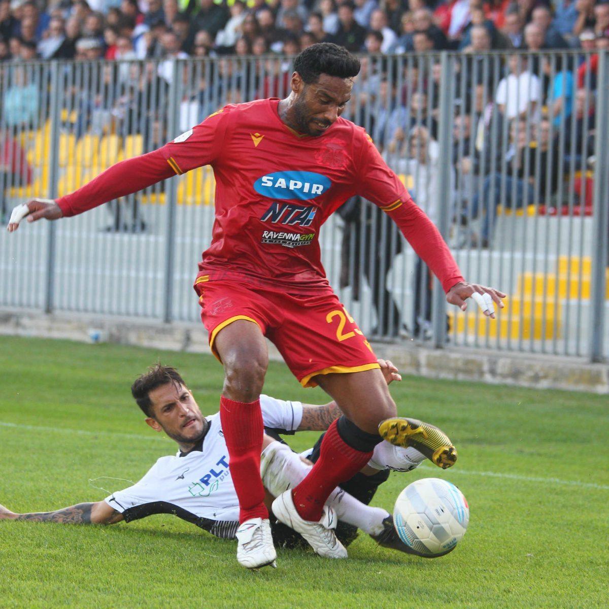 Calcio serie C, Ravenna alle prese con l'ostacolo Carpi