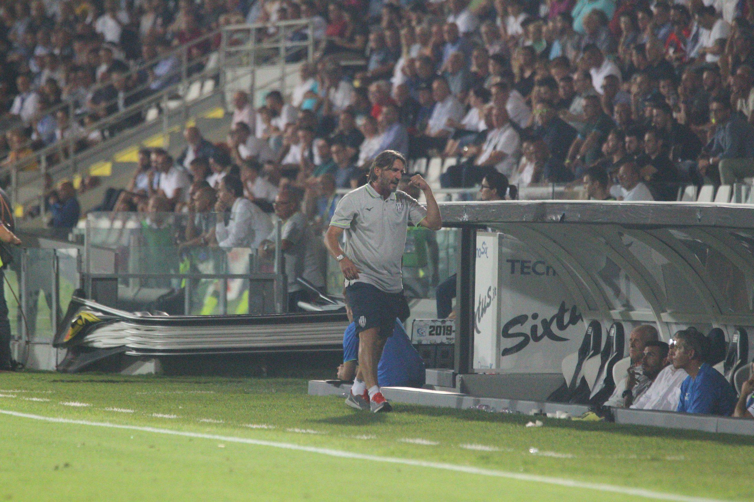 Calcio, finalmente il Cesena torna alla vittoria a Gubbio (0-2)