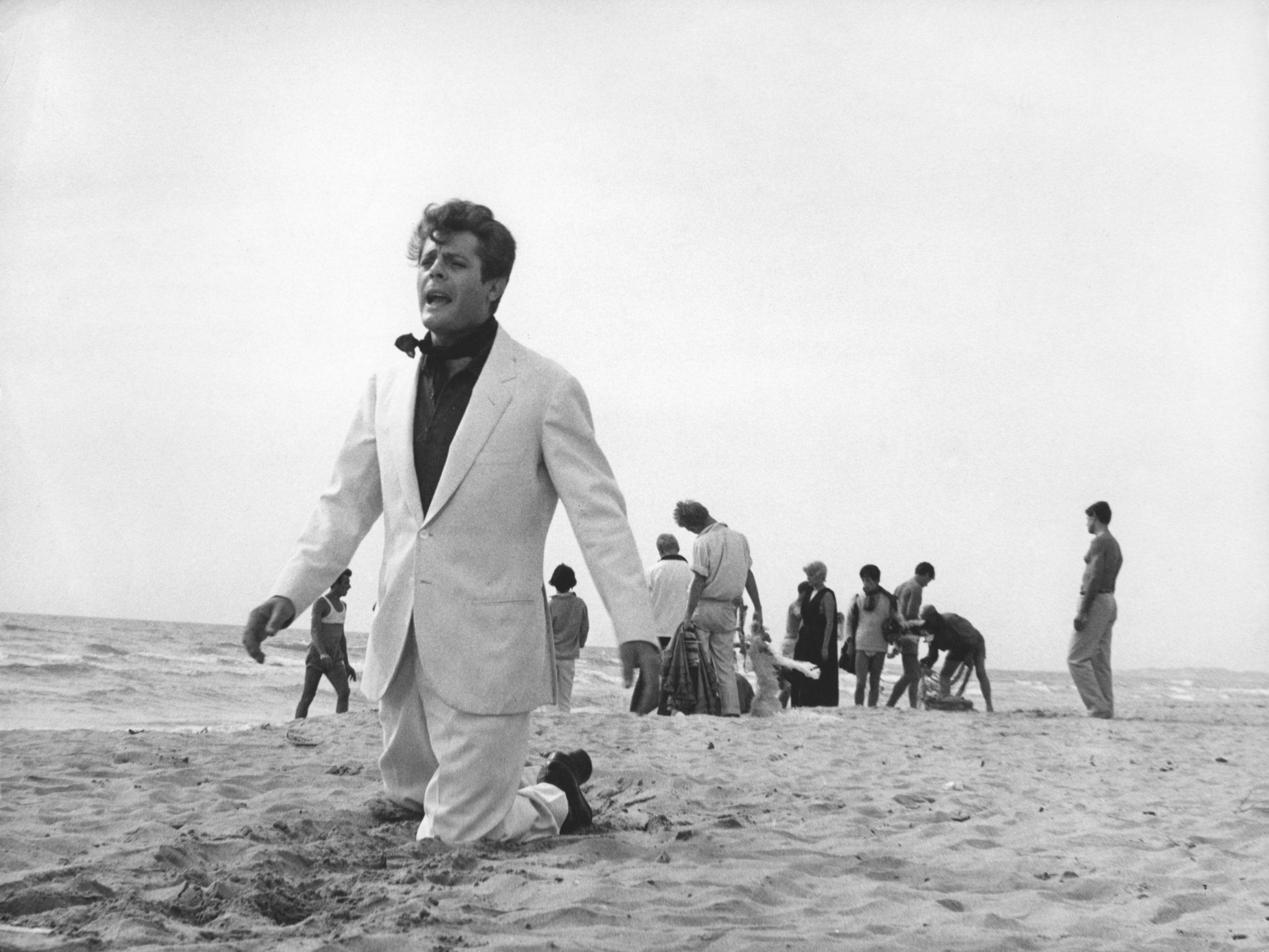 Happy birthday Mr Fellini, niente Brexit per il cinema