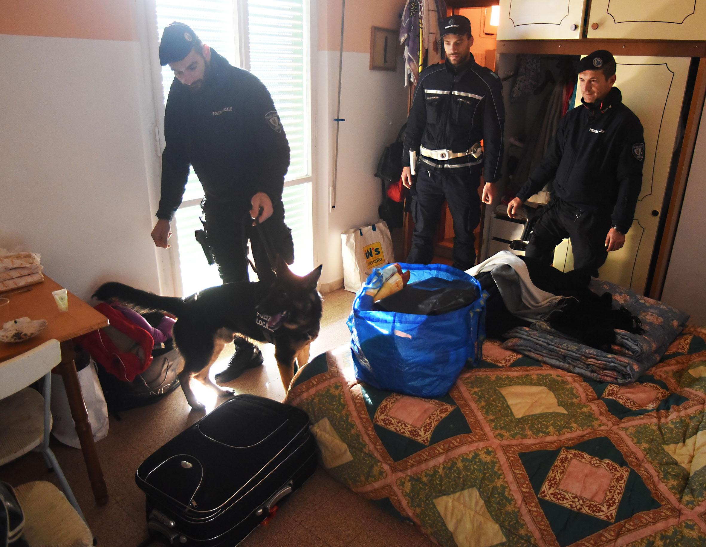 Rimini, dopo il caso della donna sequestrata sgomberata Villa Ombrosa