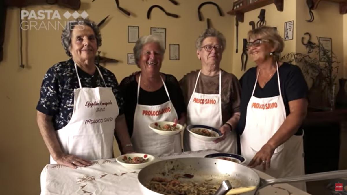 La pasta fatta a mano dalle azdore romagnole sul Sunday Times