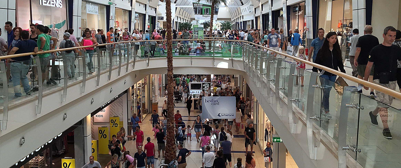 Rimini. Befane Shopping Centre, festa per i 14 anni