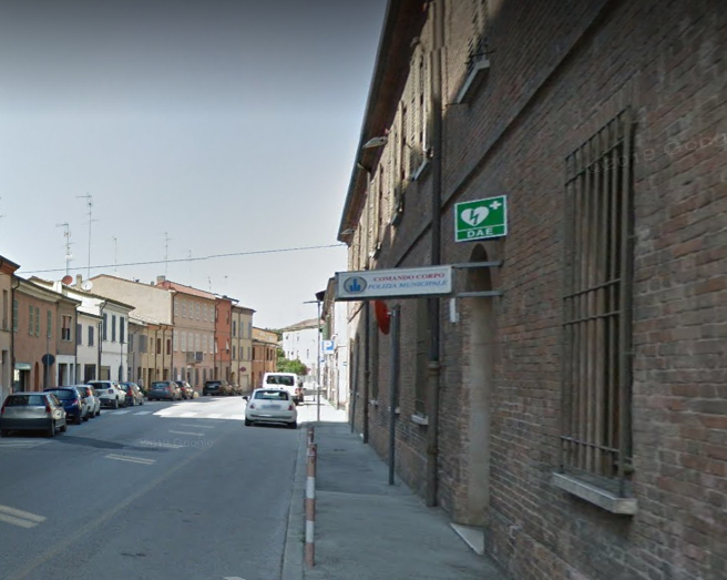 Ravenna, cede soffitto dell'ufficio della Polizia locale Agente ferita