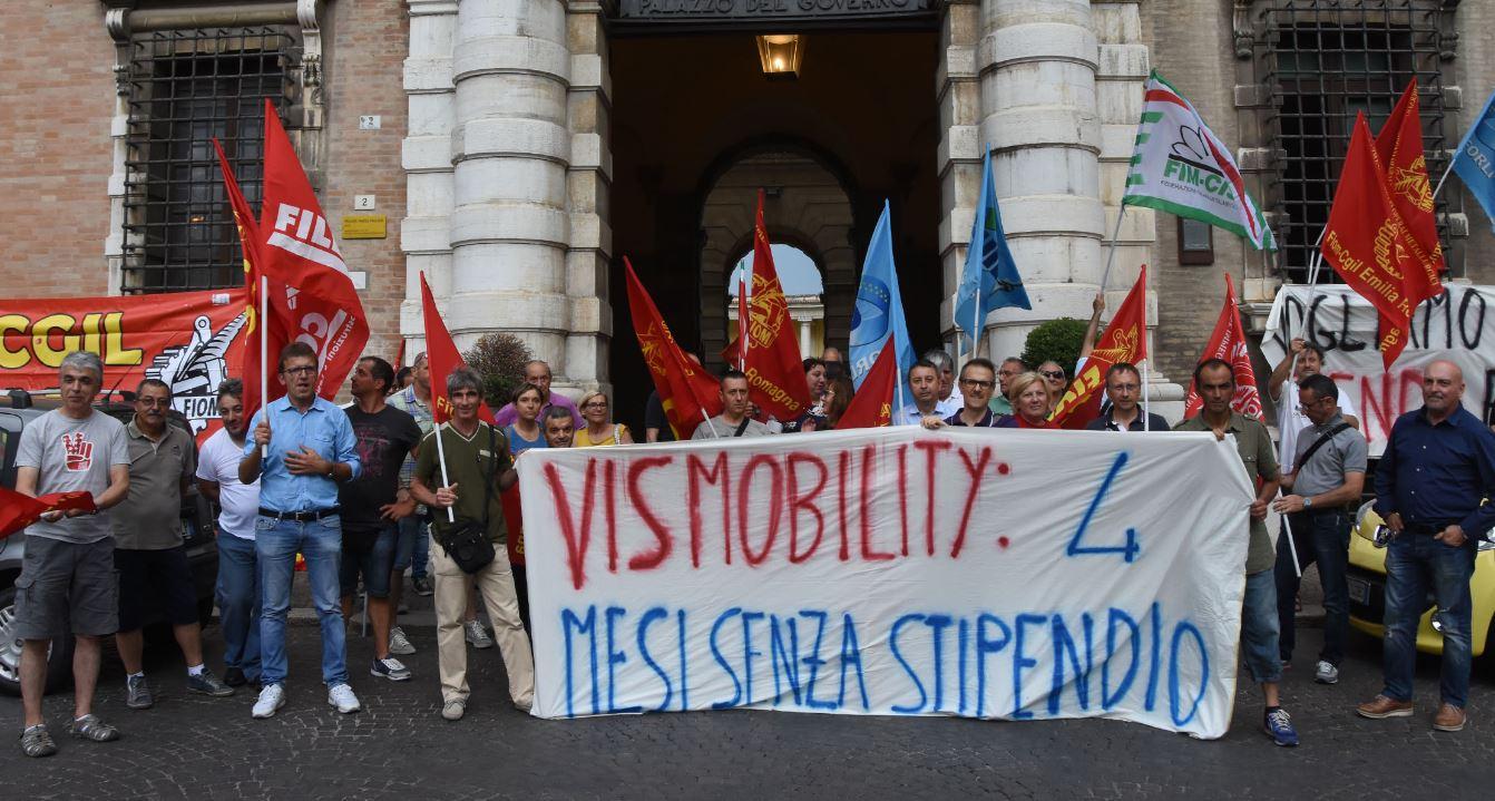 Santa Sofia, niente stipendi: dimissioni in blocco alla Vis Mobility
