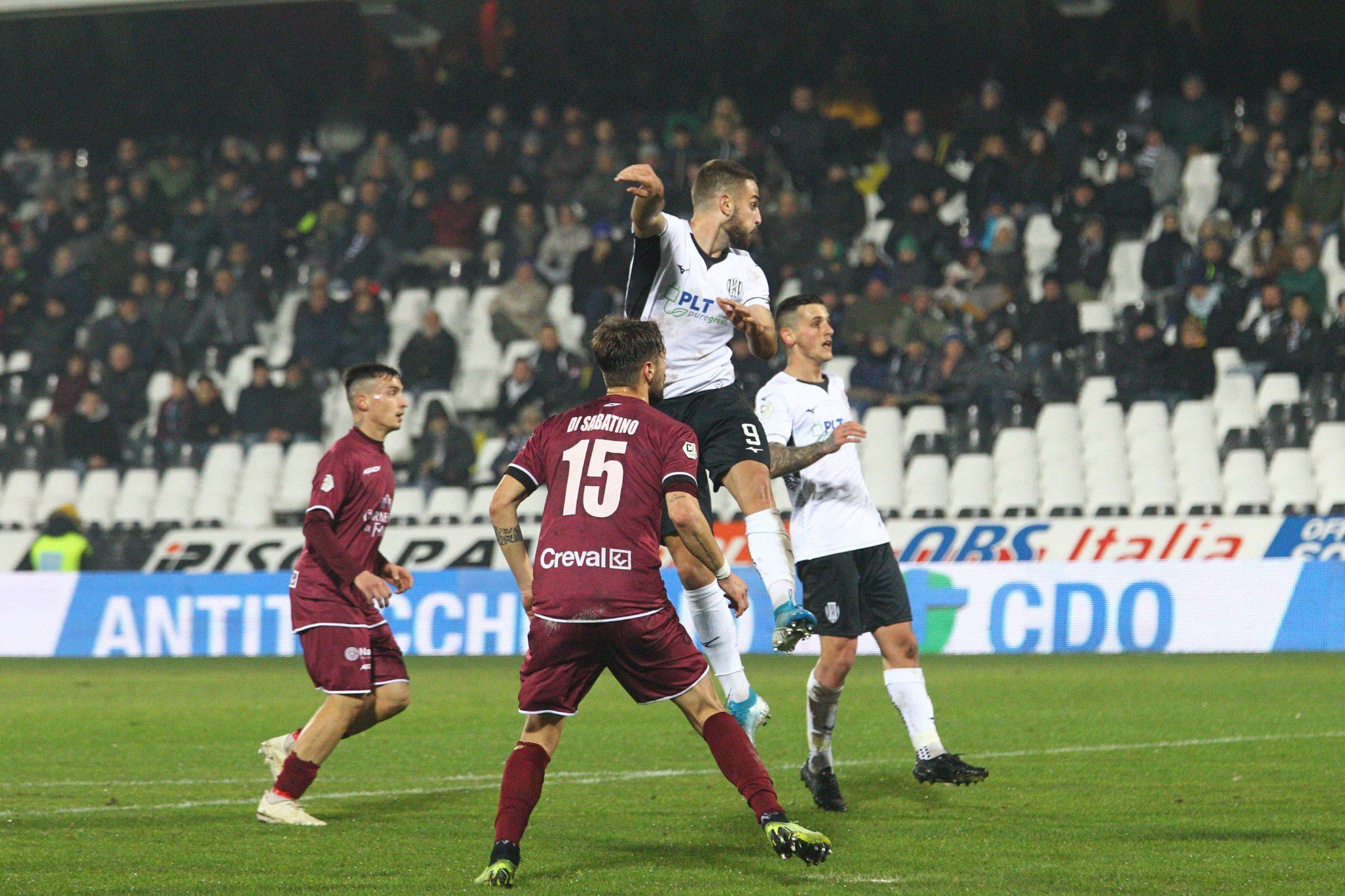 Calcio, Cesena-Carpi anticipata a sabato 21 dicembre alle 15