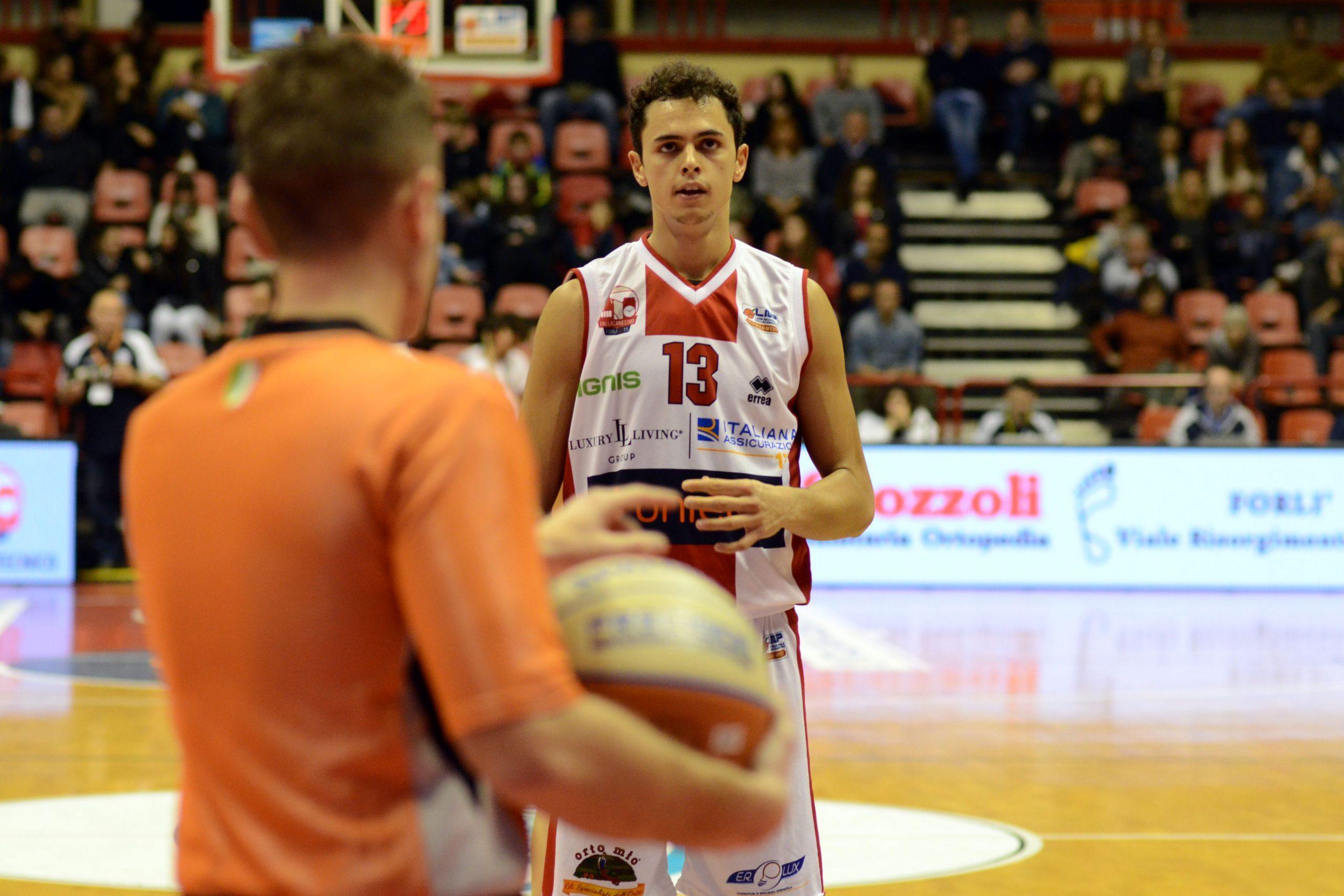 Basket, l'Unieuro non si ferma più (81-67)  - VIDEO