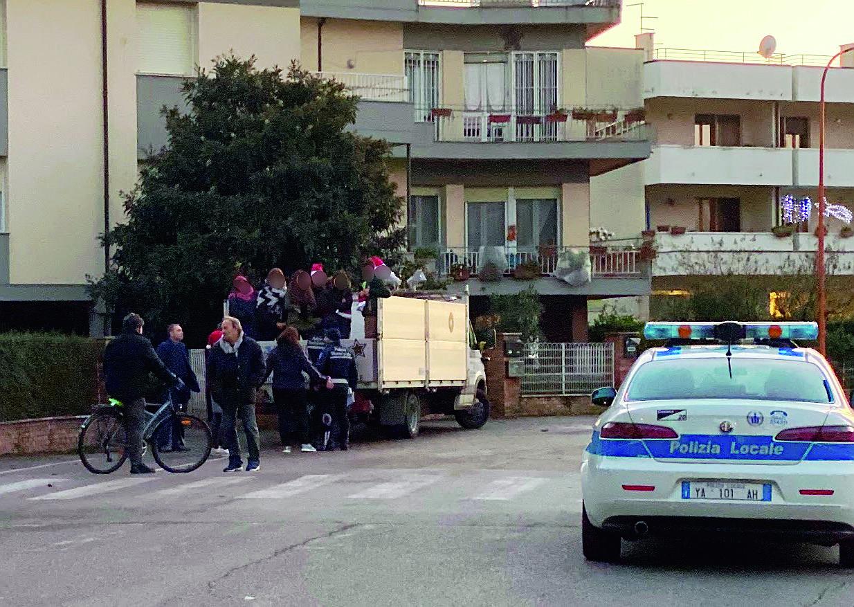 Cesena: multata la beneficenza natalizia per i poveri della parrocchia