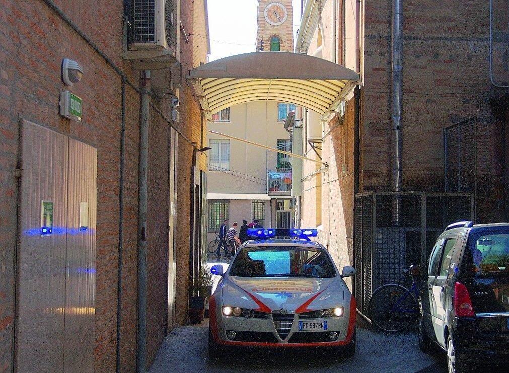 Ravenna: infortunio in parrocchia, prescritte le accuse a don Ugo