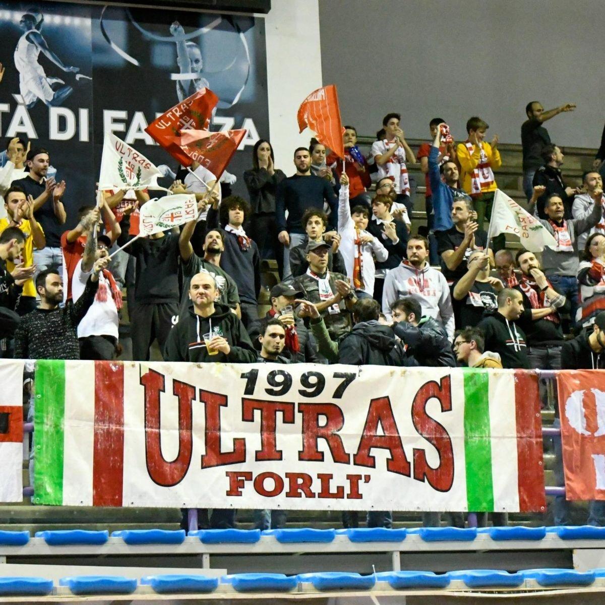 Basket, la prevendita per i tifosi dell'Unieuro a Ravenna