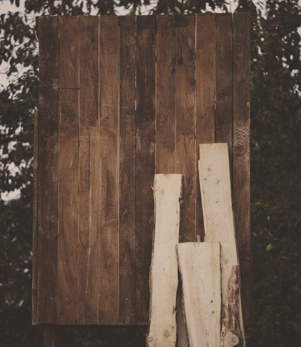 Forlì, aggredisce sorella e cognato con una porta di legno. Arrestato