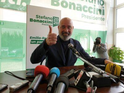 Elezioni. Bonaccini batte Salvini con l'Anti Bestia. La Romagna perde 3 consiglieri