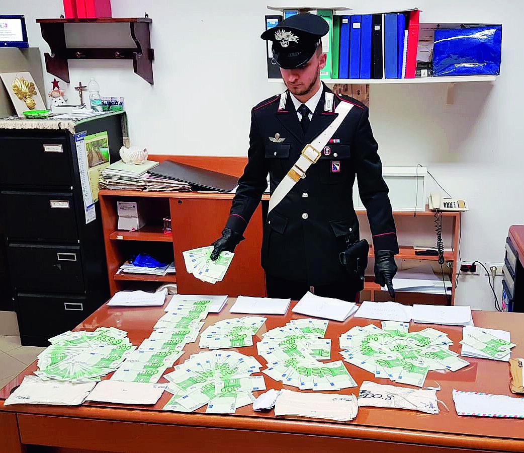 Soldi falsi in casa, arrestato camionista di San Giovanni in Marignano