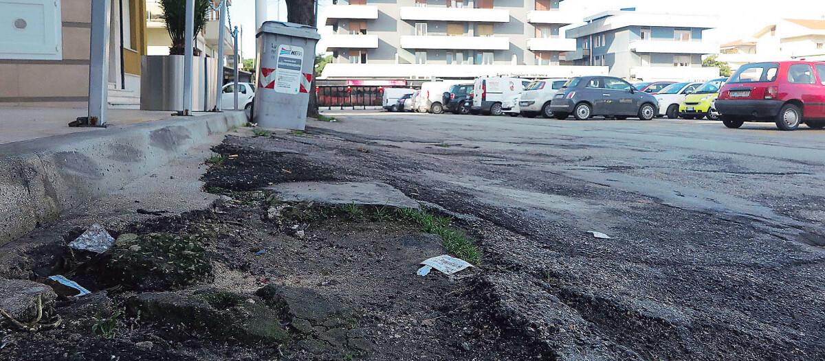 Strade e marciapiedi, settanta interventi a Riccione