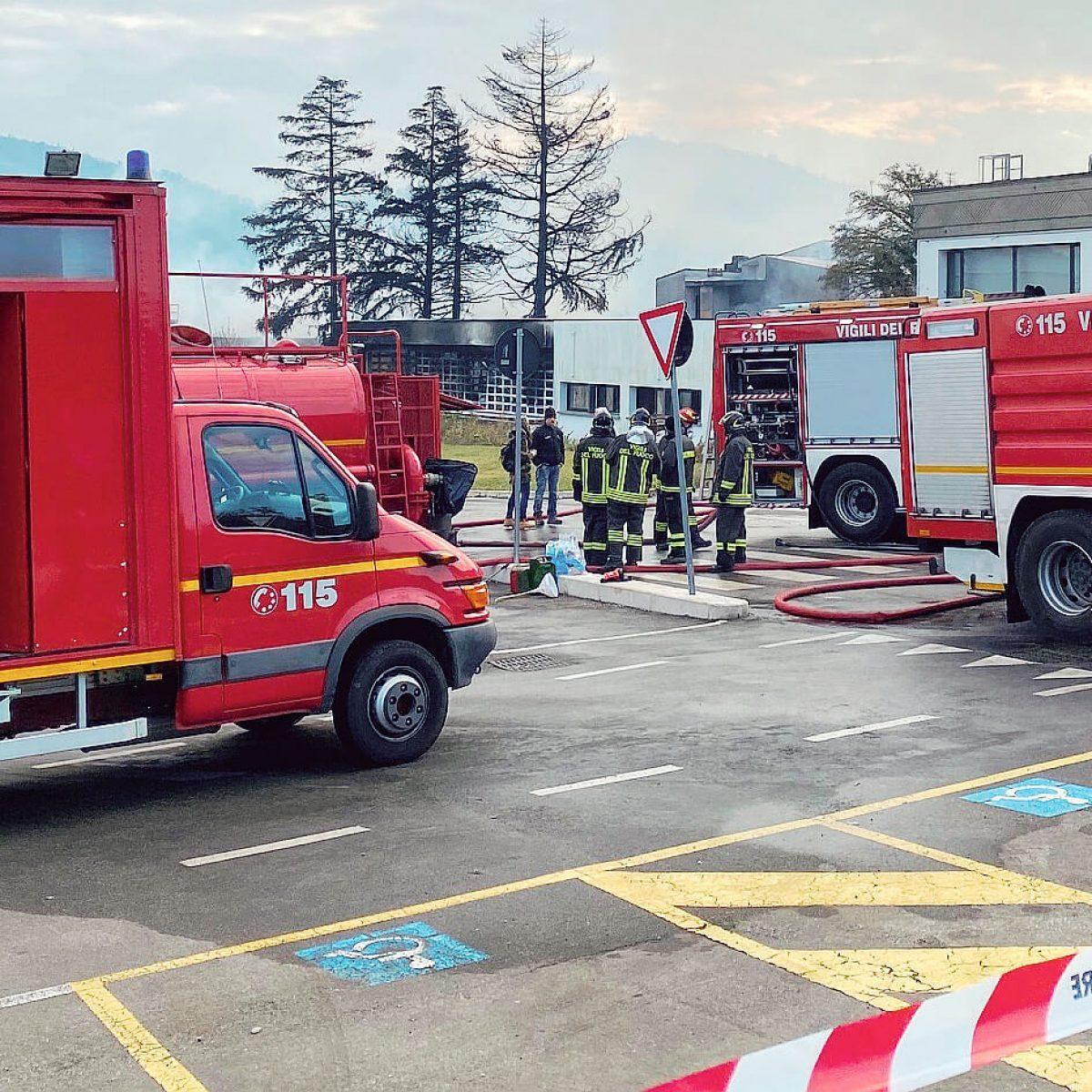 Indagini sull'incendio nei capannoni di Caterina Lucchi di Cesena