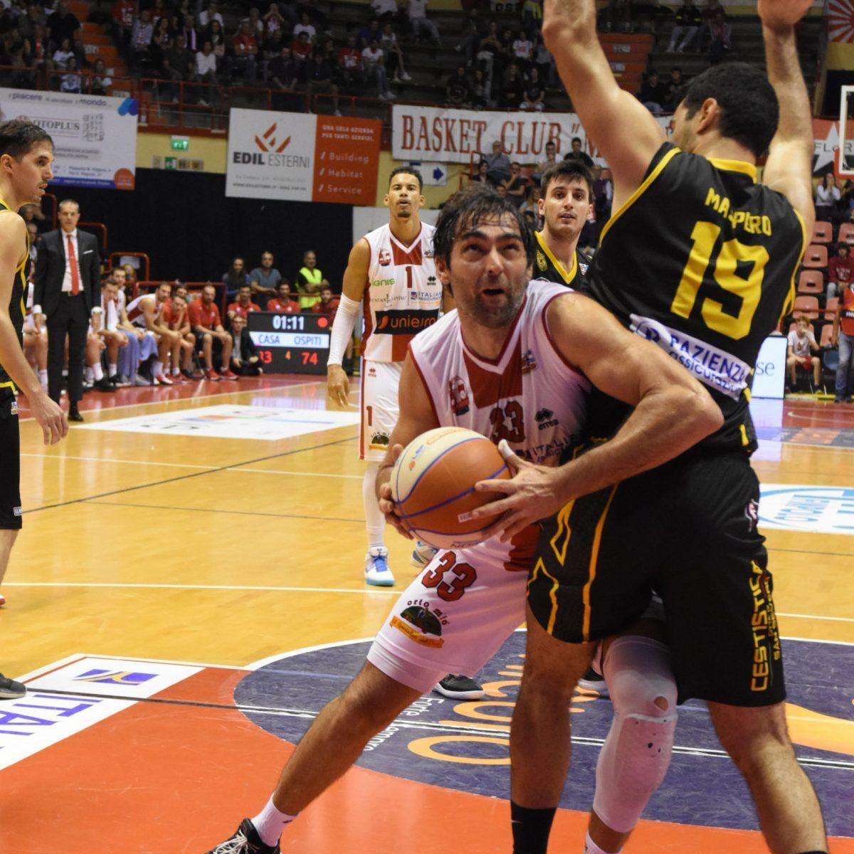 """Basket, Dell'Agnello: """"Unieuro, ti voglio più cinica"""""""