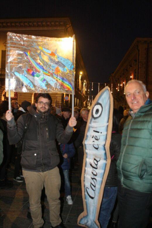 """Faenza, 3mila """"sardine"""" in piazza. E domani arriva Salvini"""