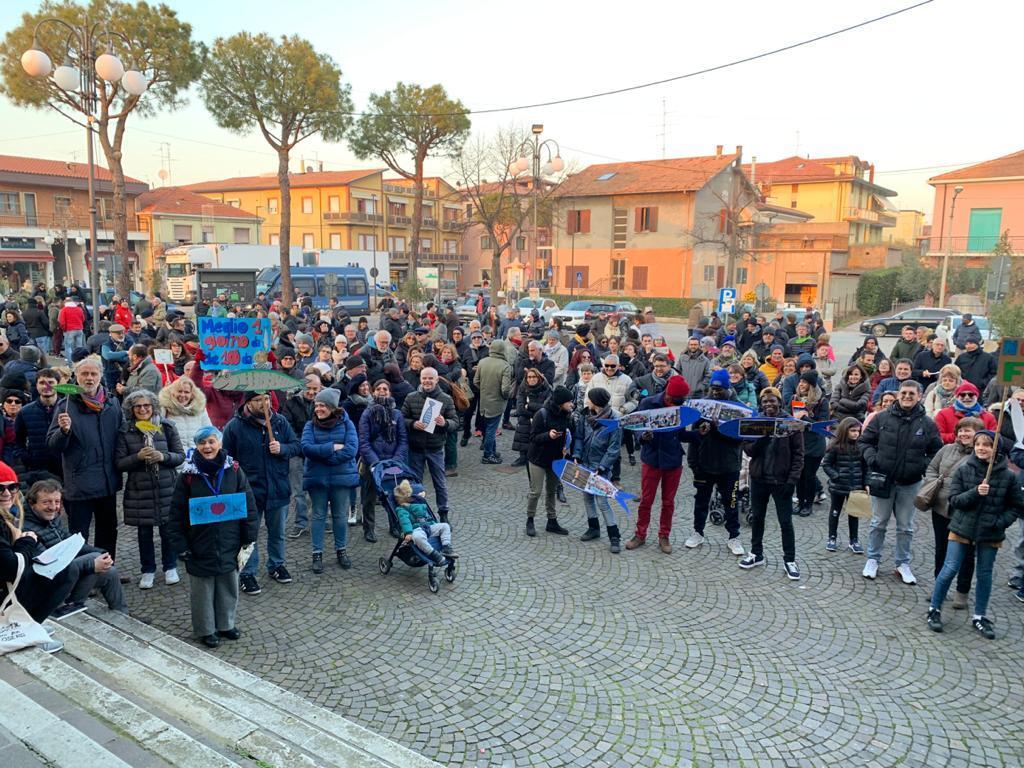 Verucchio. Quasi mille persone tra Salvini e Sardine