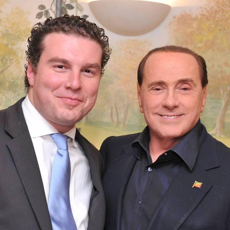 Regionali, Sardine al Papeete, Berlusconi a Ravenna