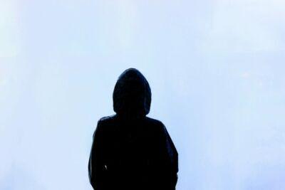 Rimini, 18enne denuncia: «Violentata da uno sconosciuto»