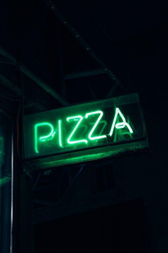 Cesena, zuffa tra clienti in pizzeria placata dai carabinieri