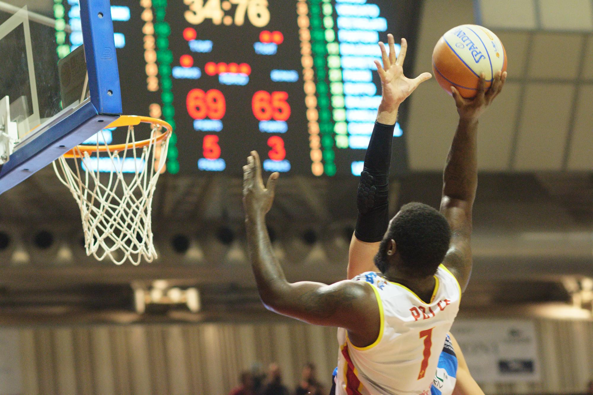 Basket, la capolista OraSì riparte in casa contro Verona