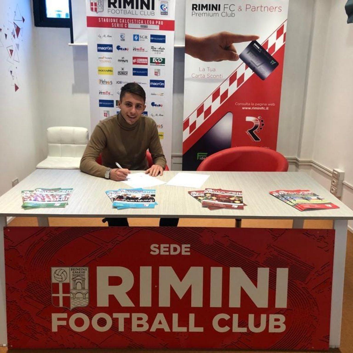 Calcio C, il Rimini inserisce un altro innesto in difesa: è l'under Santovito