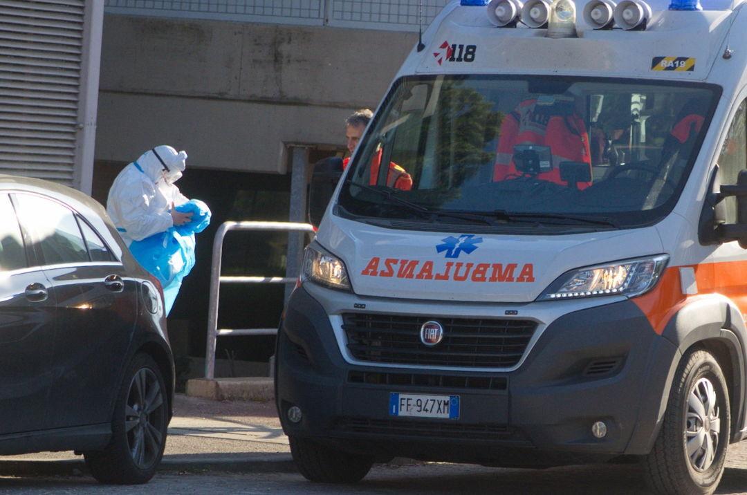 Coronavirus, primo morto a Rimini. In regione più di mille contagi