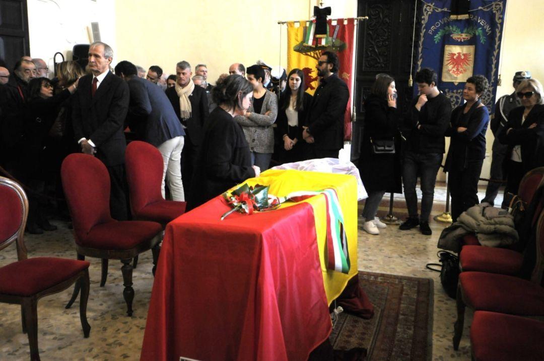 Aperta a Ravenna la camera ardente di Fabrizio Matteucci